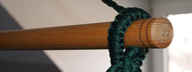 Spreizstab für Hängesessel aus lackiertem Pinienholz